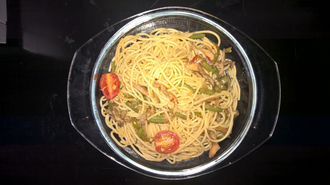 spaghetti-in-mushroom-veggies-and-balsamic.jpg